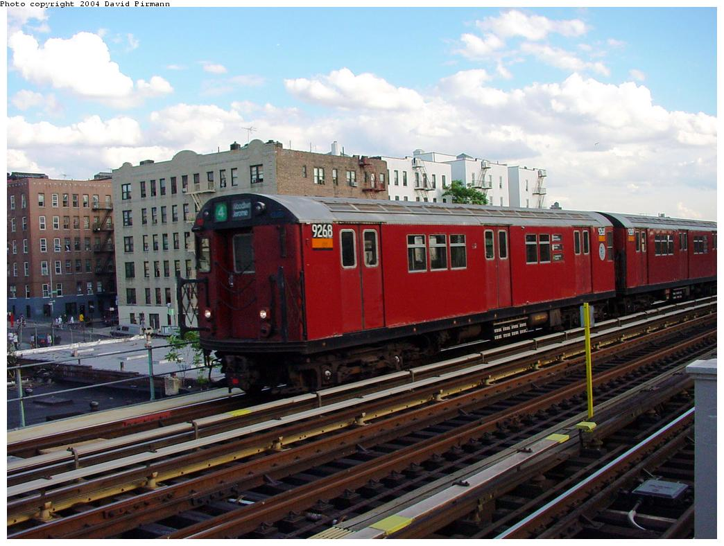 (135k, 1044x788)<br><b>Country:</b> United States<br><b>City:</b> New York<br><b>System:</b> New York City Transit<br><b>Line:</b> IRT Woodlawn Line<br><b>Location:</b> 183rd Street <br><b>Route:</b> 4<br><b>Car:</b> R-33 Main Line (St. Louis, 1962-63) 9268 <br><b>Photo by:</b> David Pirmann<br><b>Date:</b> 7/12/2001<br><b>Viewed (this week/total):</b> 5 / 5225