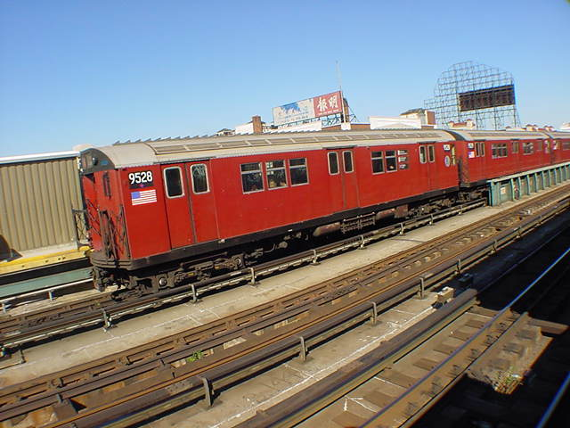 (60k, 640x480)<br><b>Country:</b> United States<br><b>City:</b> New York<br><b>System:</b> New York City Transit<br><b>Line:</b> IRT Flushing Line<br><b>Location:</b> 33rd Street/Rawson Street <br><b>Route:</b> 7<br><b>Car:</b> R-36 Main Line (St. Louis, 1964) 9528 <br><b>Photo by:</b> Salaam Allah<br><b>Date:</b> 9/17/2002<br><b>Viewed (this week/total):</b> 2 / 2828