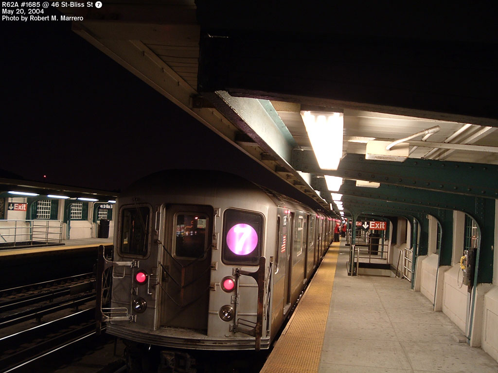 (132k, 1024x768)<br><b>Country:</b> United States<br><b>City:</b> New York<br><b>System:</b> New York City Transit<br><b>Line:</b> IRT Flushing Line<br><b>Location:</b> 46th Street/Bliss Street <br><b>Route:</b> 7<br><b>Car:</b> R-62A (Bombardier, 1984-1987)  1685 <br><b>Photo by:</b> Robert Marrero<br><b>Date:</b> 5/20/2004<br><b>Viewed (this week/total):</b> 7 / 2996