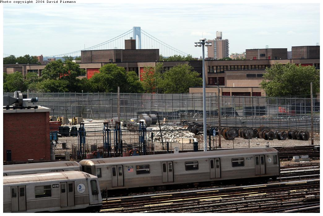 (184k, 1044x701)<br><b>Country:</b> United States<br><b>City:</b> New York<br><b>System:</b> New York City Transit<br><b>Location:</b> Coney Island Yard<br><b>Car:</b> R-68 (Westinghouse-Amrail, 1986-1988)  2782 <br><b>Photo by:</b> David Pirmann<br><b>Date:</b> 6/13/2004<br><b>Viewed (this week/total):</b> 2 / 3243