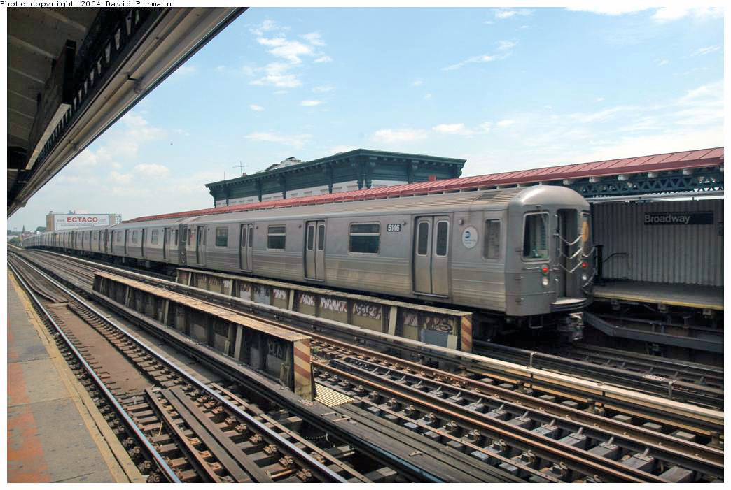 (180k, 1044x701)<br><b>Country:</b> United States<br><b>City:</b> New York<br><b>System:</b> New York City Transit<br><b>Line:</b> BMT Astoria Line<br><b>Location:</b> Broadway <br><b>Route:</b> N<br><b>Car:</b> R-68A (Kawasaki, 1988-1989)  5146 <br><b>Photo by:</b> David Pirmann<br><b>Date:</b> 6/19/2004<br><b>Viewed (this week/total):</b> 1 / 2076