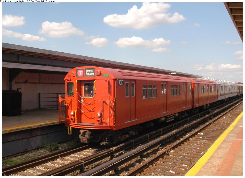 (150k, 1044x758)<br><b>Country:</b> United States<br><b>City:</b> New York<br><b>System:</b> New York City Transit<br><b>Line:</b> IND Rockaway<br><b>Location:</b> Beach 90th Street/Holland <br><b>Route:</b> Fan Trip<br><b>Car:</b> R-33 Main Line (St. Louis, 1962-63) 9017 <br><b>Photo by:</b> David Pirmann<br><b>Date:</b> 6/19/2004<br><b>Viewed (this week/total):</b> 0 / 3266
