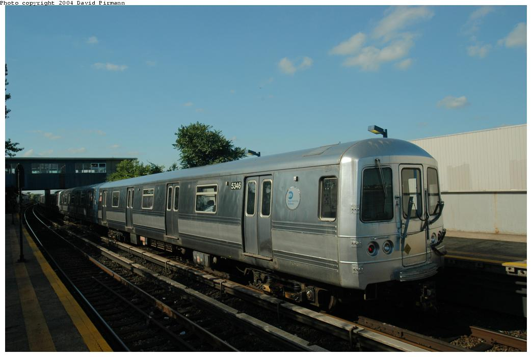 (116k, 1044x701)<br><b>Country:</b> United States<br><b>City:</b> New York<br><b>System:</b> New York City Transit<br><b>Line:</b> IND Rockaway<br><b>Location:</b> Broad Channel <br><b>Route:</b> S<br><b>Car:</b> R-44 (St. Louis, 1971-73) 5346 <br><b>Photo by:</b> David Pirmann<br><b>Date:</b> 6/19/2004<br><b>Viewed (this week/total):</b> 0 / 2541