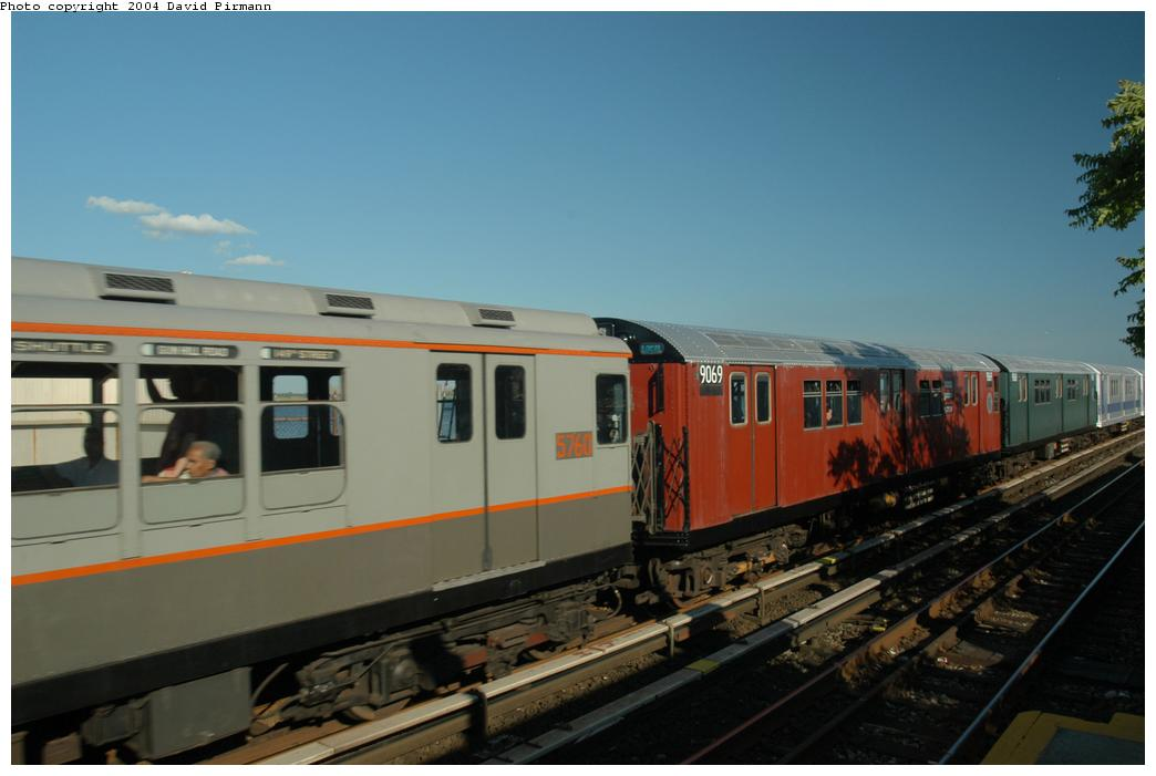 (119k, 1044x701)<br><b>Country:</b> United States<br><b>City:</b> New York<br><b>System:</b> New York City Transit<br><b>Line:</b> IND Rockaway<br><b>Location:</b> Broad Channel <br><b>Route:</b> Fan Trip<br><b>Car:</b> R-33 Main Line (St. Louis, 1962-63) 9069 <br><b>Photo by:</b> David Pirmann<br><b>Date:</b> 6/19/2004<br><b>Viewed (this week/total):</b> 3 / 1749