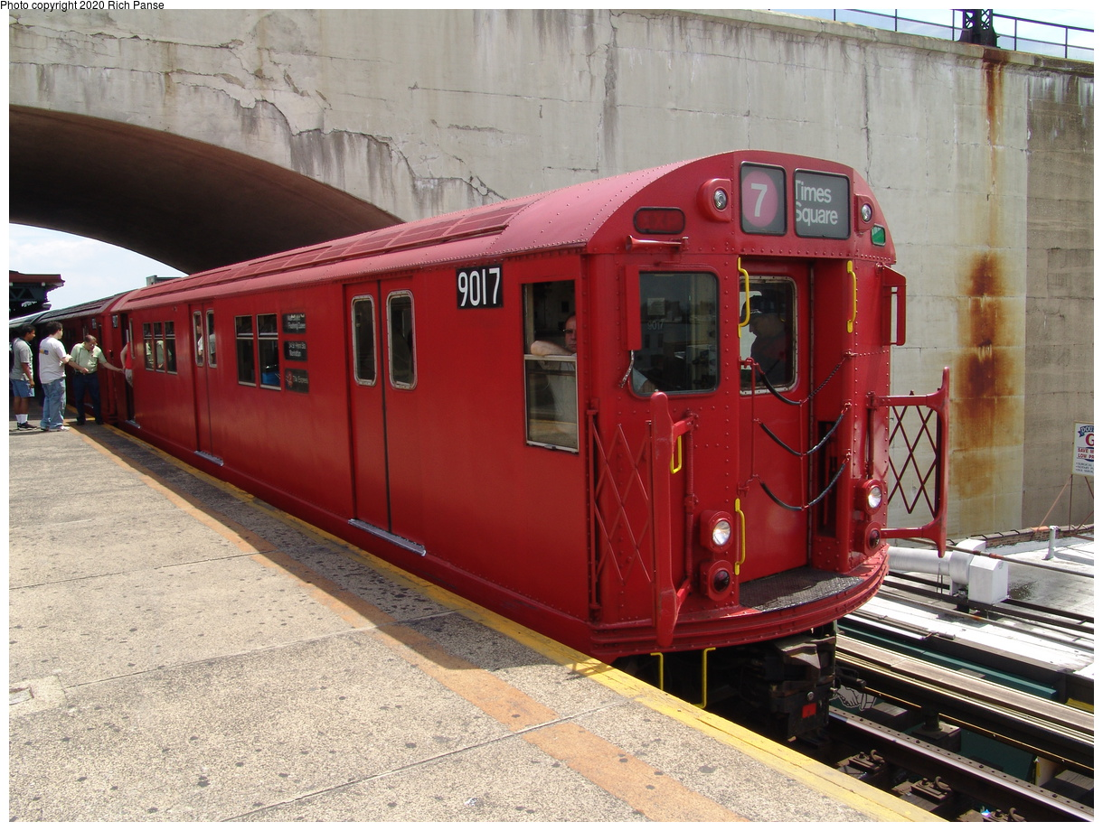 (104k, 820x620)<br><b>Country:</b> United States<br><b>City:</b> New York<br><b>System:</b> New York City Transit<br><b>Line:</b> BMT Astoria Line<br><b>Location:</b> Ditmars Boulevard <br><b>Route:</b> Fan Trip<br><b>Car:</b> R-33 Main Line (St. Louis, 1962-63) 9017 <br><b>Photo by:</b> Richard Panse<br><b>Date:</b> 6/19/2004<br><b>Viewed (this week/total):</b> 6 / 4506