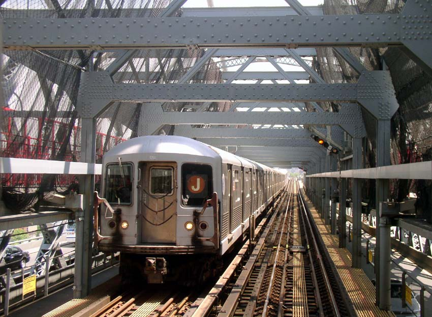 (128k, 850x623)<br><b>Country:</b> United States<br><b>City:</b> New York<br><b>System:</b> New York City Transit<br><b>Line:</b> BMT Nassau Street/Jamaica Line<br><b>Location:</b> Williamsburg Bridge<br><b>Route:</b> J<br><b>Car:</b> R-42 (St. Louis, 1969-1970)   <br><b>Photo by:</b> Christopher Sattler<br><b>Date:</b> 6/23/2004<br><b>Viewed (this week/total):</b> 1 / 4349