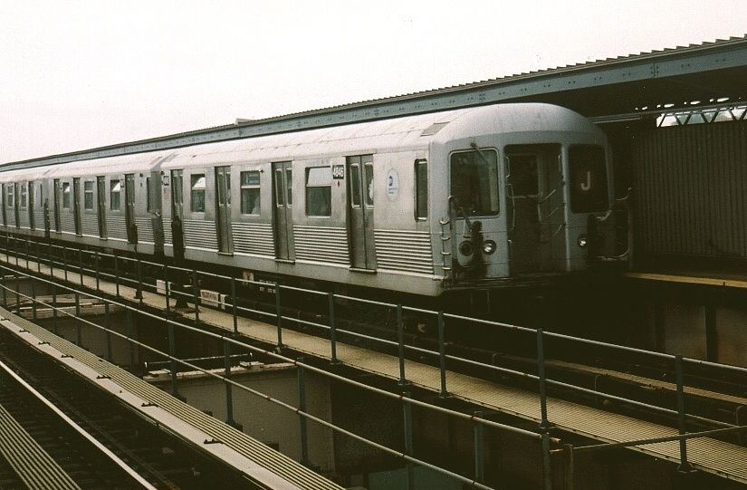(191k, 825x541)<br><b>Country:</b> United States<br><b>City:</b> New York<br><b>System:</b> New York City Transit<br><b>Line:</b> BMT Nassau Street/Jamaica Line<br><b>Location:</b> 121st Street <br><b>Car:</b> R-42 (St. Louis, 1969-1970)  4846 <br><b>Photo by:</b> Gary Chatterton<br><b>Date:</b> 5/12/2004<br><b>Viewed (this week/total):</b> 1 / 3240