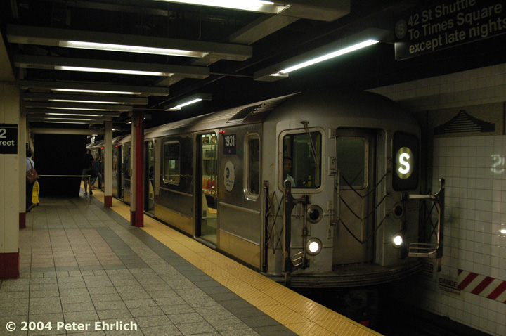 (135k, 720x478)<br><b>Country:</b> United States<br><b>City:</b> New York<br><b>System:</b> New York City Transit<br><b>Line:</b> IRT Times Square-Grand Central Shuttle<br><b>Location:</b> Grand Central <br><b>Route:</b> S<br><b>Car:</b> R-62A (Bombardier, 1984-1987)  1931 <br><b>Photo by:</b> Peter Ehrlich<br><b>Date:</b> 7/16/2004<br><b>Viewed (this week/total):</b> 7 / 3649