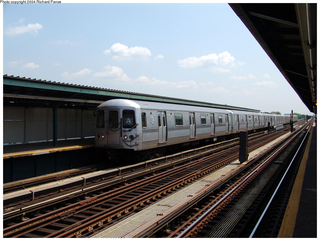 (171k, 1044x788)<br><b>Country:</b> United States<br><b>City:</b> New York<br><b>System:</b> New York City Transit<br><b>Line:</b> IND Fulton Street Line<br><b>Location:</b> 80th Street/Hudson Street <br><b>Route:</b> A<br><b>Car:</b> R-44 (St. Louis, 1971-73) 5270 <br><b>Photo by:</b> Richard Panse<br><b>Date:</b> 7/17/2004<br><b>Viewed (this week/total):</b> 0 / 3187