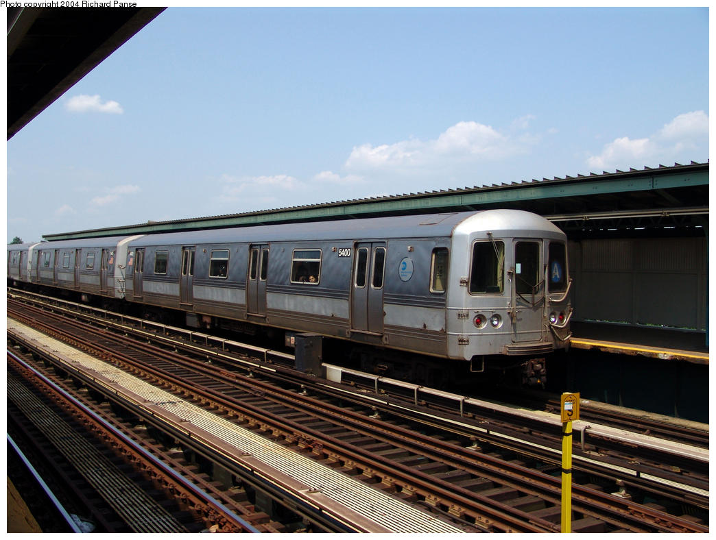 (170k, 1044x788)<br><b>Country:</b> United States<br><b>City:</b> New York<br><b>System:</b> New York City Transit<br><b>Line:</b> IND Fulton Street Line<br><b>Location:</b> 80th Street/Hudson Street <br><b>Route:</b> A<br><b>Car:</b> R-44 (St. Louis, 1971-73) 5400 <br><b>Photo by:</b> Richard Panse<br><b>Date:</b> 7/17/2004<br><b>Viewed (this week/total):</b> 2 / 3303