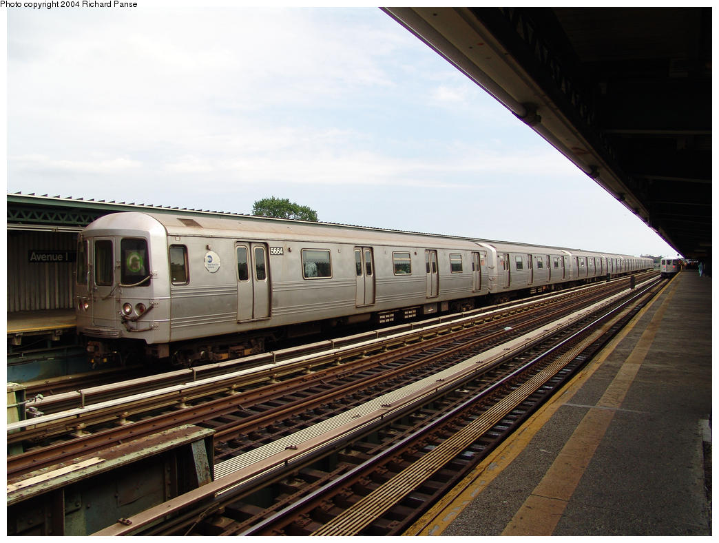 (167k, 1044x788)<br><b>Country:</b> United States<br><b>City:</b> New York<br><b>System:</b> New York City Transit<br><b>Line:</b> BMT Culver Line<br><b>Location:</b> Avenue I <br><b>Route:</b> G<br><b>Car:</b> R-46 (Pullman-Standard, 1974-75) 5664 <br><b>Photo by:</b> Richard Panse<br><b>Date:</b> 7/25/2004<br><b>Viewed (this week/total):</b> 1 / 2960