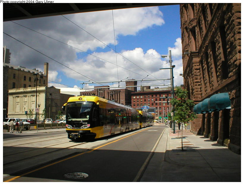 (101k, 820x620)<br><b>Country:</b> United States<br><b>City:</b> Minneapolis, MN<br><b>System:</b> MNDOT Light Rail Transit<br><b>Line:</b> Hiawatha Line<br><b>Location:</b> <b><u>Warehouse District/Hennepin Ave </b></u><br><b>Photo by:</b> Gary Ulmer<br><b>Date:</b> 6/24/2004<br><b>Viewed (this week/total):</b> 0 / 2499