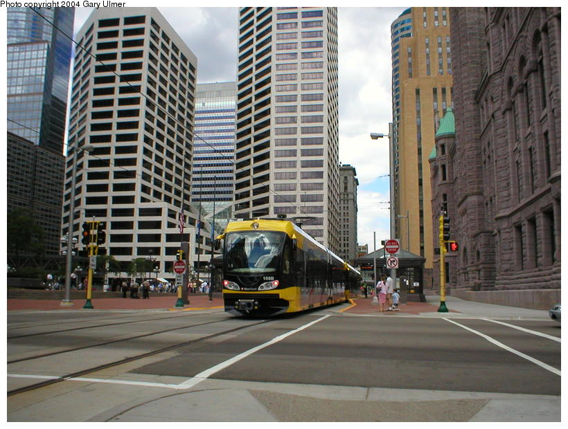 (117k, 820x620)<br><b>Country:</b> United States<br><b>City:</b> Minneapolis, MN<br><b>System:</b> MNDOT Light Rail Transit<br><b>Line:</b> Hiawatha Line<br><b>Location:</b> S. 5th Street/4th Avenue <br><b>Photo by:</b> Gary Ulmer<br><b>Date:</b> 6/24/2004<br><b>Viewed (this week/total):</b> 1 / 1702