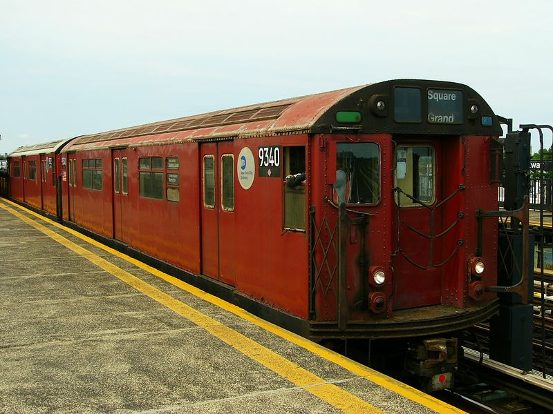 (94k, 800x600)<br><b>Country:</b> United States<br><b>City:</b> New York<br><b>System:</b> New York City Transit<br><b>Line:</b> BMT Culver Line<br><b>Location:</b> Bay Parkway (22nd Avenue) <br><b>Route:</b> Work Service<br><b>Car:</b> R-33 World's Fair (St. Louis, 1963-64) 9340 <br><b>Photo by:</b> Ted Siuta<br><b>Date:</b> 7/25/2004<br><b>Viewed (this week/total):</b> 1 / 2695