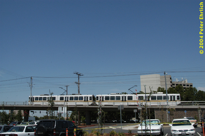 (121k, 720x478)<br><b>Country:</b> United States<br><b>City:</b> Sacramento, CA<br><b>System:</b> SACRT Light Rail<br><b>Location:</b> Sunrise <br><b>Car:</b> Sacramento Siemens LRV  129/133 <br><b>Photo by:</b> Peter Ehrlich<br><b>Date:</b> 6/28/2004<br><b>Viewed (this week/total):</b> 1 / 1493