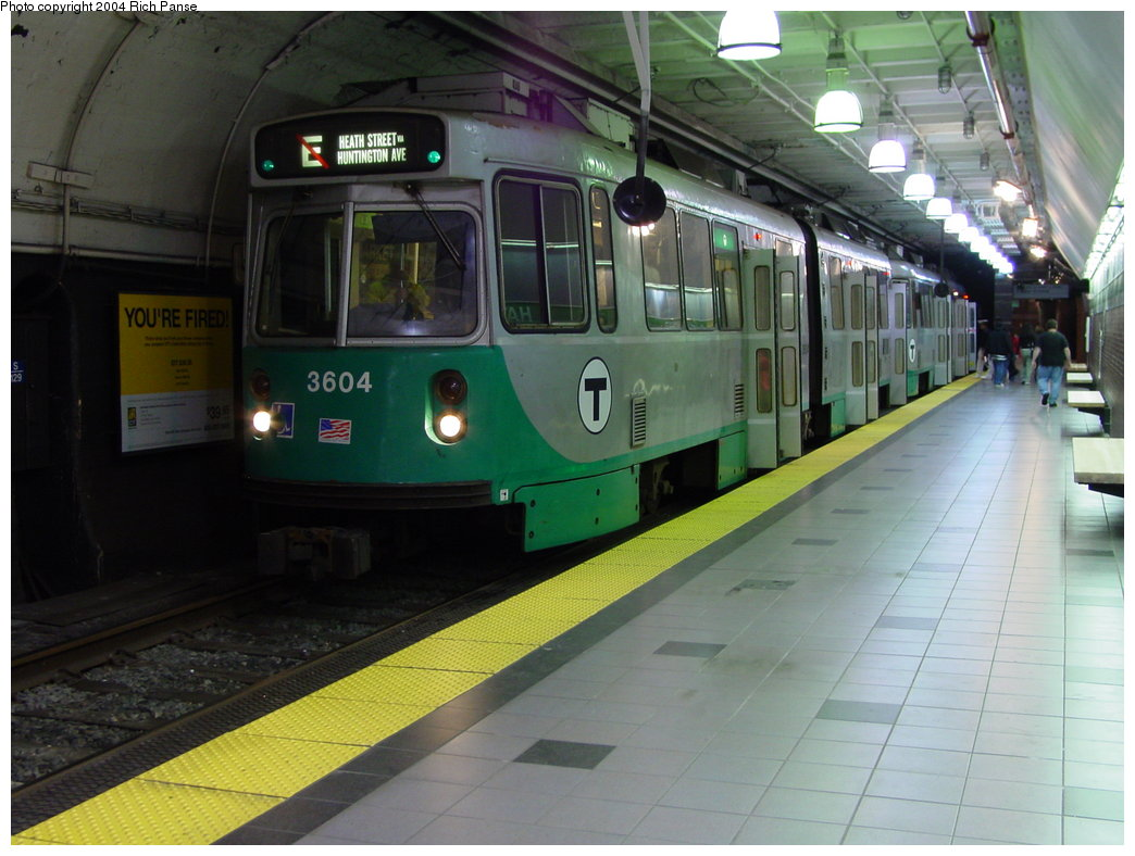 (159k, 1044x788)<br><b>Country:</b> United States<br><b>City:</b> Boston, MA<br><b>System:</b> MBTA<br><b>Line:</b> MBTA Green <br><b>Location:</b> Haymarket <br><b>Car:</b> MBTA Type 7 LRV (Kinki-Sharyo, 1986-87)  3604 <br><b>Photo by:</b> Richard Panse<br><b>Date:</b> 6/7/2004<br><b>Viewed (this week/total):</b> 6 / 3578
