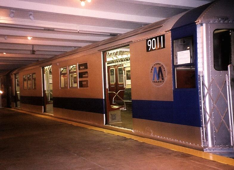 (83k, 785x571)<br><b>Country:</b> United States<br><b>City:</b> New York<br><b>System:</b> New York City Transit<br><b>Location:</b> New York Transit Museum<br><b>Car:</b> R-33 Main Line (St. Louis, 1962-63) 9011 <br><b>Photo by:</b> Gary Chatterton<br><b>Date:</b> 7/15/2004<br><b>Viewed (this week/total):</b> 2 / 5764