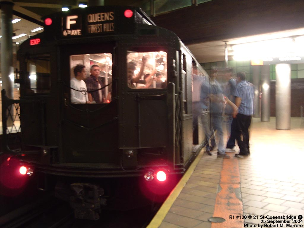 (103k, 1024x768)<br><b>Country:</b> United States<br><b>City:</b> New York<br><b>System:</b> New York City Transit<br><b>Line:</b> IND 63rd Street<br><b>Location:</b> 21st Street/Queensbridge <br><b>Route:</b> Fan Trip<br><b>Car:</b> R-1 (American Car & Foundry, 1930-1931) 100 <br><b>Photo by:</b> Robert Marrero<br><b>Date:</b> 9/25/2004<br><b>Notes:</b> Museum train in service on a shortened F line, 2nd Ave. to 71st Ave. or 179th St.<br><b>Viewed (this week/total):</b> 1 / 5080