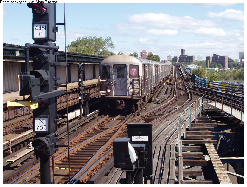(127k, 820x620)<br><b>Country:</b> United States<br><b>City:</b> New York<br><b>System:</b> New York City Transit<br><b>Line:</b> IRT Flushing Line<br><b>Location:</b> Willets Point/Mets (fmr. Shea Stadium) <br><b>Car:</b> R-62A (Bombardier, 1984-1987)   <br><b>Photo by:</b> Marc Pitanza<br><b>Date:</b> 10/11/2004<br><b>Viewed (this week/total):</b> 1 / 4782