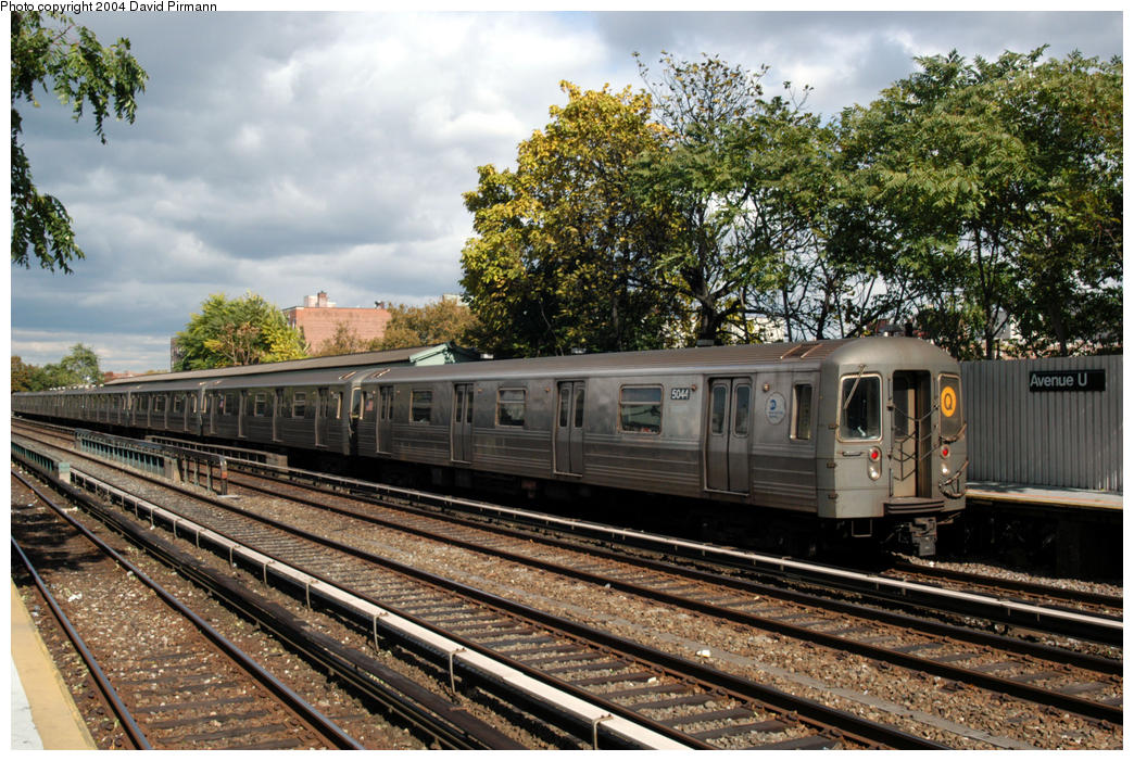 (235k, 1044x701)<br><b>Country:</b> United States<br><b>City:</b> New York<br><b>System:</b> New York City Transit<br><b>Line:</b> BMT Brighton Line<br><b>Location:</b> Avenue U <br><b>Route:</b> Q<br><b>Car:</b> R-68A (Kawasaki, 1988-1989)  5044 <br><b>Photo by:</b> David Pirmann<br><b>Date:</b> 10/23/2004<br><b>Viewed (this week/total):</b> 0 / 3264