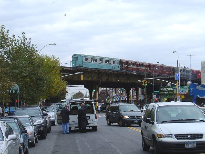 (106k, 800x600)<br><b>Country:</b> United States<br><b>City:</b> New York<br><b>System:</b> New York City Transit<br><b>Line:</b> BMT Brighton Line<br><b>Location:</b> Brighton Beach <br><b>Route:</b> Fan Trip<br><b>Car:</b> R-33 World's Fair (St. Louis, 1963-64) 9306 <br><b>Photo by:</b> Fred Guenther<br><b>Date:</b> 10/23/2004<br><b>Viewed (this week/total):</b> 2 / 3515