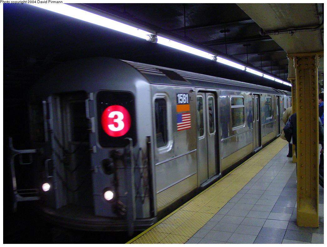 (147k, 1044x788)<br><b>Country:</b> United States<br><b>City:</b> New York<br><b>System:</b> New York City Transit<br><b>Line:</b> IRT West Side Line<br><b>Location:</b> 34th Street/Penn Station <br><b>Route:</b> 3<br><b>Car:</b> R-62 (Kawasaki, 1983-1985)  1581 <br><b>Photo by:</b> David Pirmann<br><b>Date:</b> 10/29/2004<br><b>Viewed (this week/total):</b> 0 / 4359