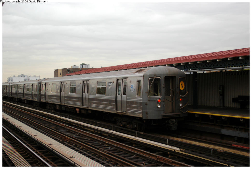 (144k, 1044x701)<br><b>Country:</b> United States<br><b>City:</b> New York<br><b>System:</b> New York City Transit<br><b>Line:</b> BMT Astoria Line<br><b>Location:</b> 36th/Washington Aves. <br><b>Route:</b> N<br><b>Car:</b> R-68A (Kawasaki, 1988-1989)  5036 <br><b>Photo by:</b> David Pirmann<br><b>Date:</b> 10/29/2004<br><b>Viewed (this week/total):</b> 2 / 1807