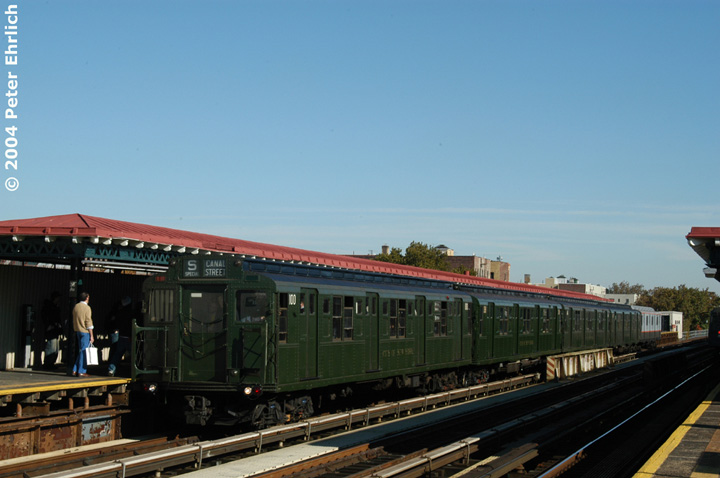 (108k, 720x478)<br><b>Country:</b> United States<br><b>City:</b> New York<br><b>System:</b> New York City Transit<br><b>Line:</b> BMT Astoria Line<br><b>Location:</b> 36th/Washington Aves. <br><b>Route:</b> Fan Trip<br><b>Car:</b> R-1 (American Car & Foundry, 1930-1931) 100 <br><b>Photo by:</b> Peter Ehrlich<br><b>Date:</b> 10/28/2004<br><b>Notes:</b> In service Ditmars Blvd.-Canal St.<br><b>Viewed (this week/total):</b> 1 / 1827