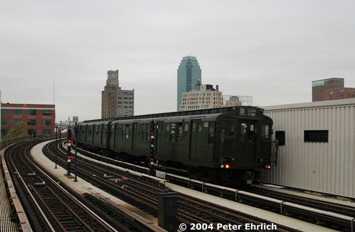 (113k, 720x471)<br><b>Country:</b> United States<br><b>City:</b> New York<br><b>System:</b> New York City Transit<br><b>Line:</b> BMT Astoria Line<br><b>Location:</b> 39th/Beebe Aves. <br><b>Route:</b> Fan Trip<br><b>Car:</b> R-4 (American Car & Foundry, 1932-1933) 484 <br><b>Photo by:</b> Peter Ehrlich<br><b>Date:</b> 10/29/2004<br><b>Notes:</b> In service Ditmars Blvd.-Canal St.<br><b>Viewed (this week/total):</b> 0 / 2994
