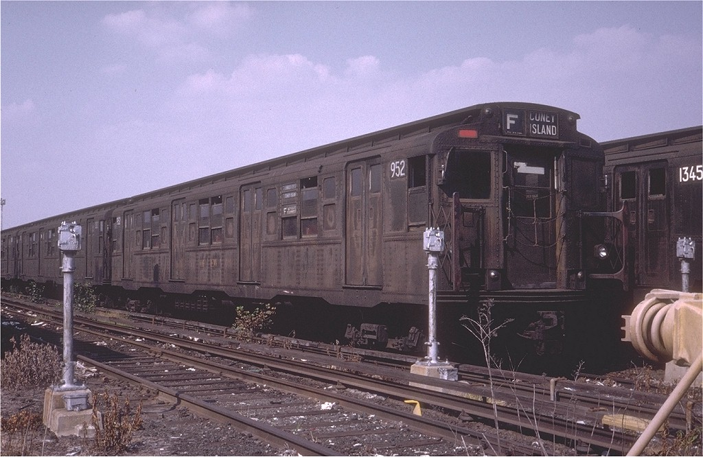 (204k, 1024x666)<br><b>Country:</b> United States<br><b>City:</b> New York<br><b>System:</b> New York City Transit<br><b>Location:</b> Coney Island Yard<br><b>Car:</b> R-6-3 (American Car & Foundry, 1935)  952 <br><b>Photo by:</b> Steve Zabel<br><b>Collection of:</b> Joe Testagrose<br><b>Date:</b> 9/6/1972<br><b>Viewed (this week/total):</b> 10 / 2326