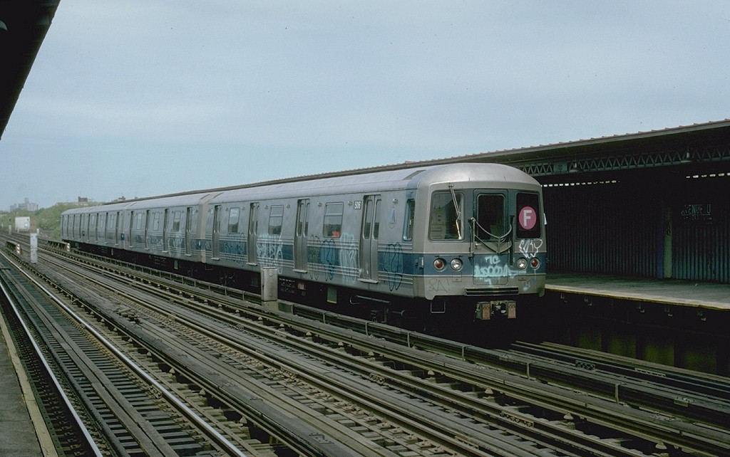(176k, 1024x642)<br><b>Country:</b> United States<br><b>City:</b> New York<br><b>System:</b> New York City Transit<br><b>Line:</b> BMT Culver Line<br><b>Location:</b> Avenue U <br><b>Route:</b> F<br><b>Car:</b> R-46 (Pullman-Standard, 1974-75) 506 <br><b>Photo by:</b> Ed McKernan<br><b>Collection of:</b> Joe Testagrose<br><b>Date:</b> 5/1977<br><b>Viewed (this week/total):</b> 0 / 2590