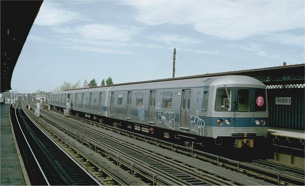 (176k, 1024x625)<br><b>Country:</b> United States<br><b>City:</b> New York<br><b>System:</b> New York City Transit<br><b>Line:</b> BMT Culver Line<br><b>Location:</b> Avenue X <br><b>Route:</b> F<br><b>Car:</b> R-46 (Pullman-Standard, 1974-75) 882 <br><b>Photo by:</b> Ed McKernan<br><b>Collection of:</b> Joe Testagrose<br><b>Date:</b> 4/8/1977<br><b>Viewed (this week/total):</b> 4 / 3201