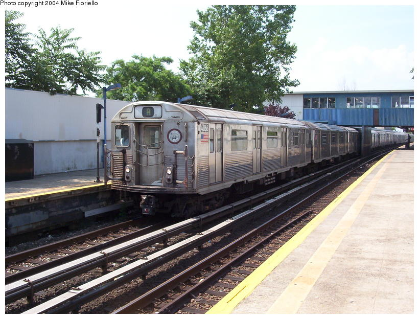 (115k, 820x624)<br><b>Country:</b> United States<br><b>City:</b> New York<br><b>System:</b> New York City Transit<br><b>Line:</b> IND Rockaway<br><b>Location:</b> Broad Channel <br><b>Route:</b> A<br><b>Car:</b> R-38 (St. Louis, 1966-1967)  4066 <br><b>Photo by:</b> Mike Fioriello<br><b>Date:</b> 7/17/2004<br><b>Viewed (this week/total):</b> 8 / 2560