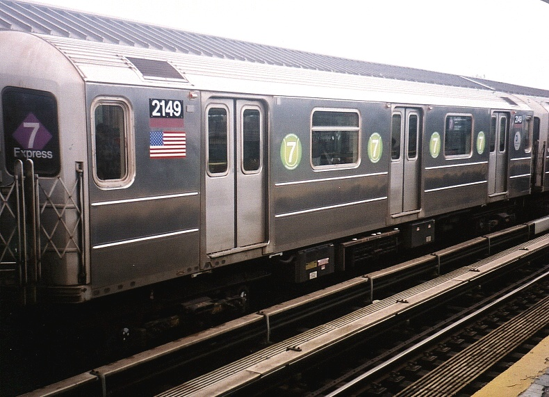 (203k, 790x571)<br><b>Country:</b> United States<br><b>City:</b> New York<br><b>System:</b> New York City Transit<br><b>Line:</b> IRT Flushing Line<br><b>Location:</b> Willets Point/Mets (fmr. Shea Stadium) <br><b>Route:</b> 7<br><b>Car:</b> R-62A (Bombardier, 1984-1987)  2149 <br><b>Photo by:</b> Gary Chatterton<br><b>Date:</b> 8/24/2004<br><b>Viewed (this week/total):</b> 1 / 1905