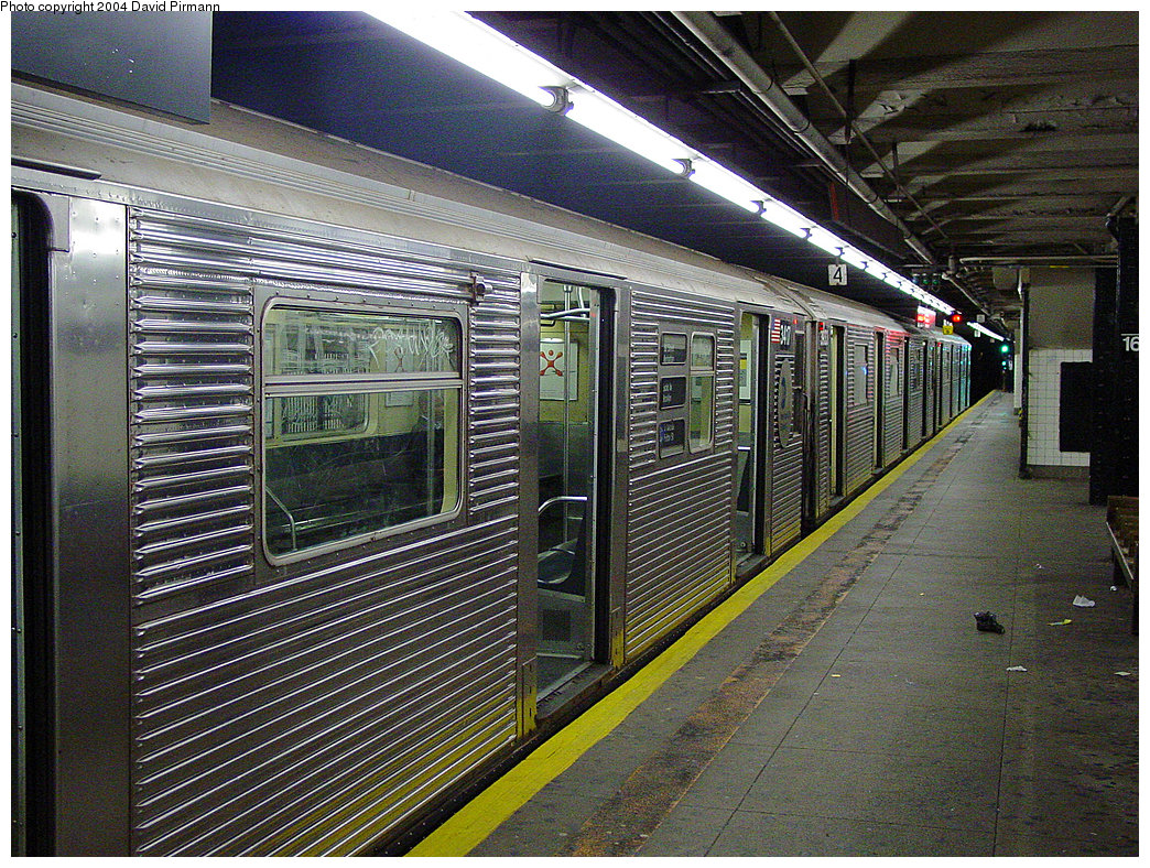 (379k, 1044x788)<br><b>Country:</b> United States<br><b>City:</b> New York<br><b>System:</b> New York City Transit<br><b>Line:</b> IND 8th Avenue Line<br><b>Location:</b> 168th Street <br><b>Route:</b> C<br><b>Car:</b> R-32 (Budd, 1964)  3417 <br><b>Photo by:</b> David Pirmann<br><b>Date:</b> 11/6/2004<br><b>Viewed (this week/total):</b> 0 / 4492