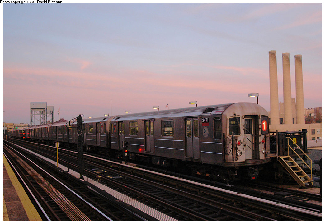 (202k, 1044x721)<br><b>Country:</b> United States<br><b>City:</b> New York<br><b>System:</b> New York City Transit<br><b>Line:</b> IRT West Side Line<br><b>Location:</b> 215th Street <br><b>Route:</b> 1<br><b>Car:</b> R-62A (Bombardier, 1984-1987)  2471 <br><b>Photo by:</b> David Pirmann<br><b>Date:</b> 11/6/2004<br><b>Viewed (this week/total):</b> 2 / 3293