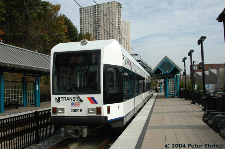 (148k, 720x478)<br><b>Country:</b> United States<br><b>City:</b> Hoboken, NJ<br><b>System:</b> Hudson Bergen Light Rail<br><b>Location:</b> 9th Street <br><b>Car:</b> NJT-HBLR LRV (Kinki-Sharyo, 1998-99)  2009 <br><b>Photo by:</b> Peter Ehrlich<br><b>Date:</b> 10/27/2004<br><b>Viewed (this week/total):</b> 4 / 2672