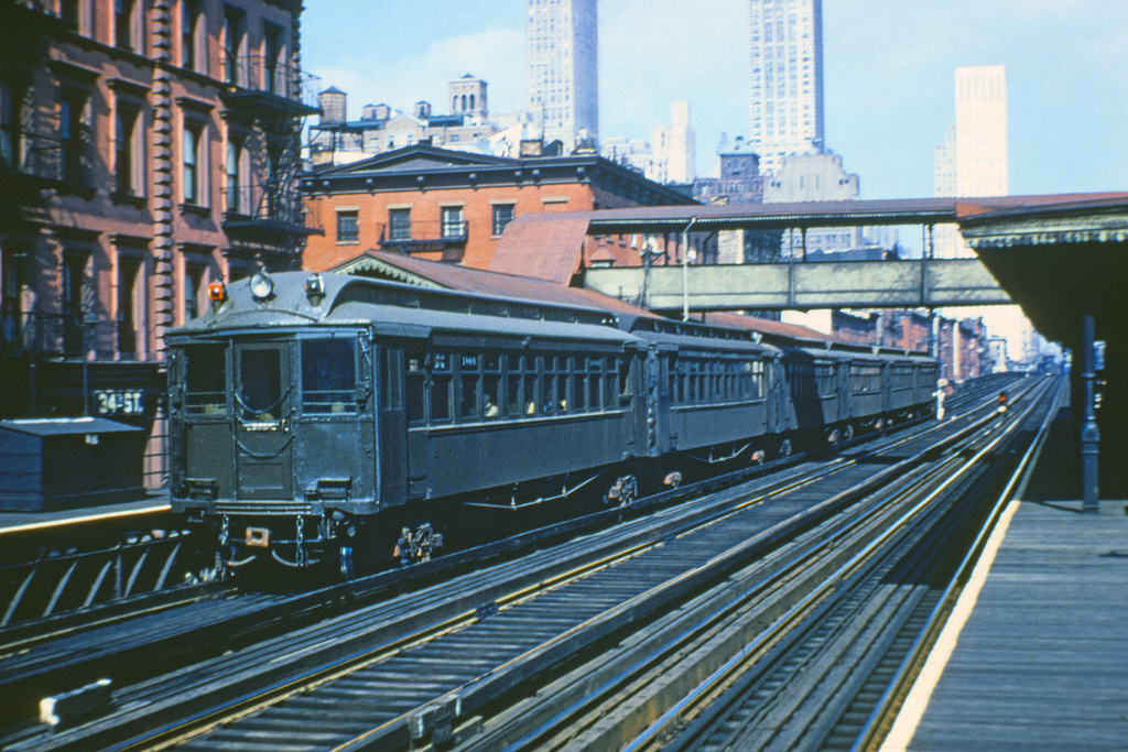 (228k, 1024x681)<br><b>Country:</b> United States<br><b>City:</b> New York<br><b>System:</b> New York City Transit<br><b>Line:</b> 3rd Avenue El<br><b>Location:</b> 34th Street <br><b>Car:</b> MUDC 1408 <br><b>Collection of:</b> Joe Testagrose<br><b>Viewed (this week/total):</b> 4 / 2935