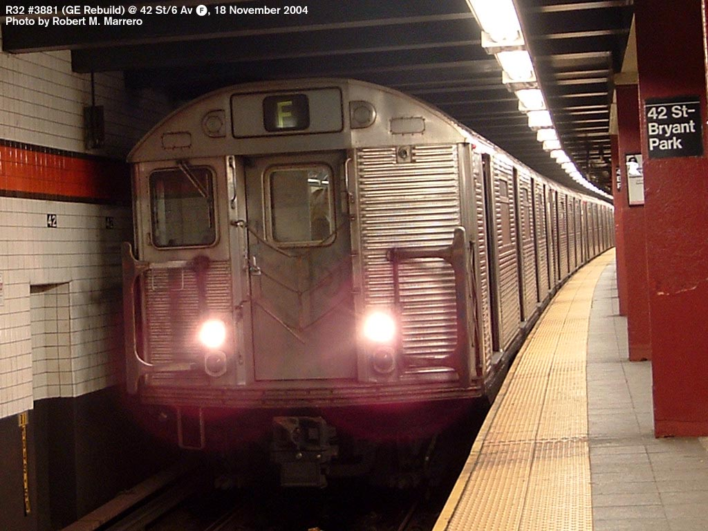 (159k, 1024x768)<br><b>Country:</b> United States<br><b>City:</b> New York<br><b>System:</b> New York City Transit<br><b>Line:</b> IND 6th Avenue Line<br><b>Location:</b> 42nd Street/Bryant Park <br><b>Route:</b> F<br><b>Car:</b> R-32 (GE Rebuild) 3881 <br><b>Photo by:</b> Robert Marrero<br><b>Date:</b> 11/18/2004<br><b>Viewed (this week/total):</b> 2 / 5445