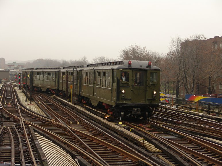 (104k, 773x580)<br><b>Country:</b> United States<br><b>City:</b> New York<br><b>System:</b> New York City Transit<br><b>Line:</b> IRT West Side Line<br><b>Location:</b> 238th Street <br><b>Route:</b> Fan Trip<br><b>Car:</b> Low-V (Museum Train) 5443 <br><b>Photo by:</b> Richard Panse<br><b>Date:</b> 11/21/2004<br><b>Viewed (this week/total):</b> 0 / 2631