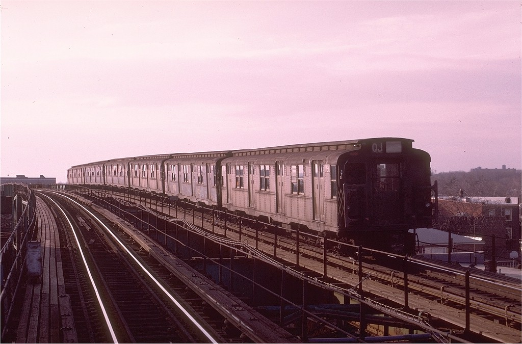 (186k, 1024x675)<br><b>Country:</b> United States<br><b>City:</b> New York<br><b>System:</b> New York City Transit<br><b>Line:</b> BMT Nassau Street/Jamaica Line<br><b>Location:</b> 121st Street <br><b>Route:</b> QJ<br><b>Car:</b> R-9 (Pressed Steel, 1940)  1786 <br><b>Photo by:</b> Joe Testagrose<br><b>Date:</b> 12/3/1972<br><b>Viewed (this week/total):</b> 0 / 3121