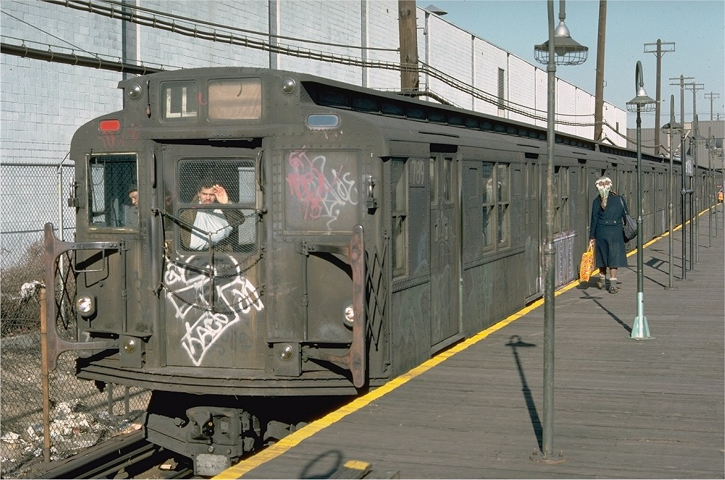 (241k, 1024x678)<br><b>Country:</b> United States<br><b>City:</b> New York<br><b>System:</b> New York City Transit<br><b>Line:</b> BMT Canarsie Line<br><b>Location:</b> East 105th Street <br><b>Route:</b> LL<br><b>Car:</b> R-9 (Pressed Steel, 1940)  1789 <br><b>Photo by:</b> Doug Grotjahn<br><b>Collection of:</b> Joe Testagrose<br><b>Date:</b> 11/26/1976<br><b>Viewed (this week/total):</b> 1 / 4368