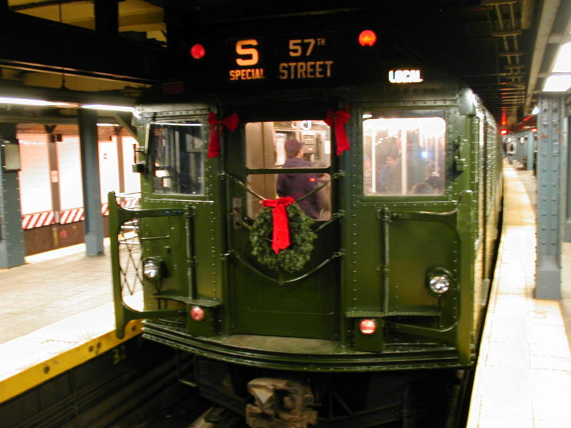 (77k, 800x600)<br><b>Country:</b> United States<br><b>City:</b> New York<br><b>System:</b> New York City Transit<br><b>Line:</b> BMT Broadway Line<br><b>Location:</b> Whitehall Street <br><b>Route:</b> Fan Trip<br><b>Car:</b> R-9 (Pressed Steel, 1940)  1802 <br><b>Photo by:</b> Todd Glickman<br><b>Date:</b> 11/27/2004<br><b>Notes:</b> In service 57th St-Whitehall<br><b>Viewed (this week/total):</b> 0 / 4033