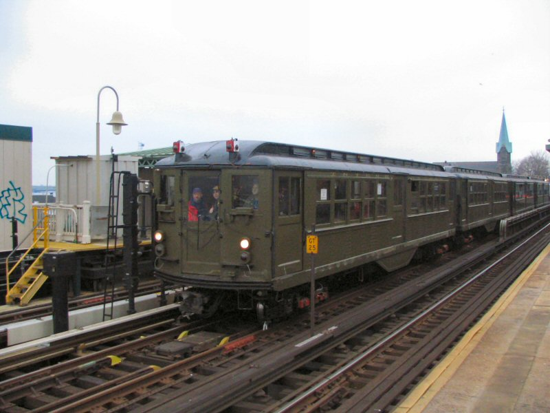 (83k, 800x600)<br><b>Country:</b> United States<br><b>City:</b> New York<br><b>System:</b> New York City Transit<br><b>Line:</b> IRT Pelham Line<br><b>Location:</b> Westchester Square <br><b>Route:</b> Fan Trip<br><b>Car:</b> Low-V (Museum Train) 5443 <br><b>Photo by:</b> Dante D. Angerville<br><b>Date:</b> 12/19/2004<br><b>Viewed (this week/total):</b> 1 / 3224