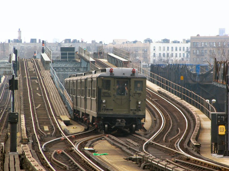 (127k, 800x600)<br><b>Country:</b> United States<br><b>City:</b> New York<br><b>System:</b> New York City Transit<br><b>Line:</b> IRT Pelham Line<br><b>Location:</b> Middletown Road <br><b>Route:</b> Fan Trip<br><b>Car:</b> Low-V (Museum Train) 5443 <br><b>Photo by:</b> Dante D. Angerville<br><b>Date:</b> 12/19/2004<br><b>Viewed (this week/total):</b> 3 / 5794