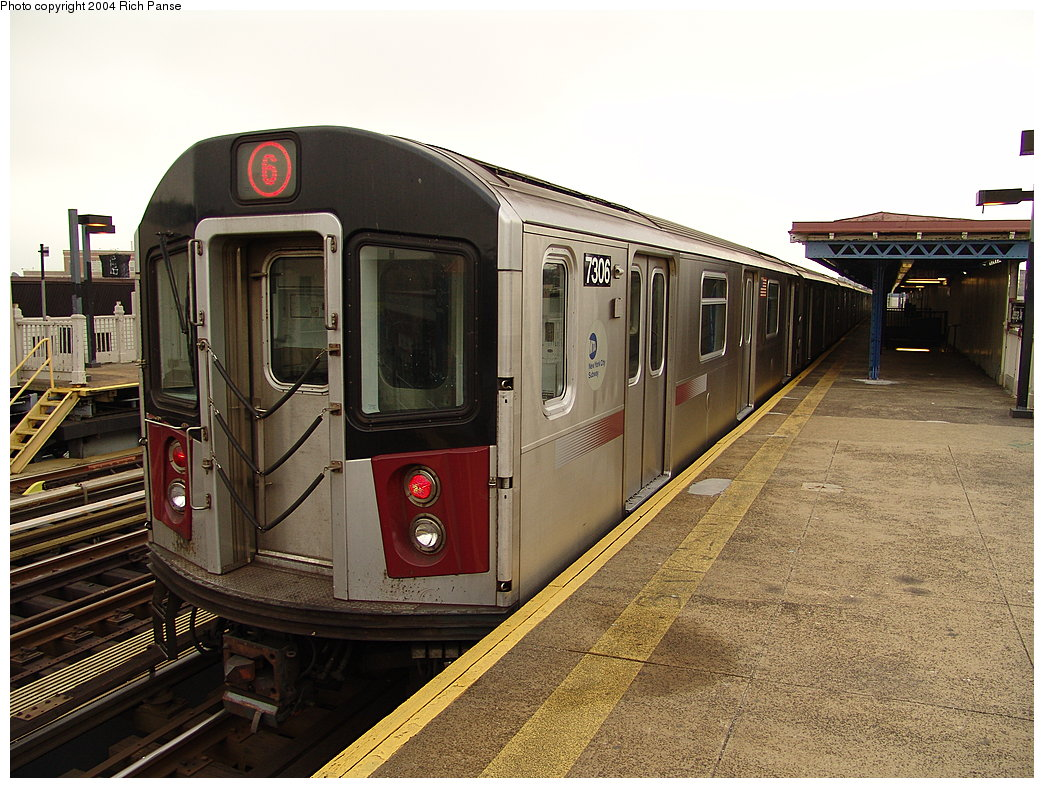 (223k, 1044x788)<br><b>Country:</b> United States<br><b>City:</b> New York<br><b>System:</b> New York City Transit<br><b>Line:</b> IRT Pelham Line<br><b>Location:</b> Zerega Avenue <br><b>Route:</b> 6<br><b>Car:</b> R-142A (Primary Order, Kawasaki, 1999-2002)  7306 <br><b>Photo by:</b> Richard Panse<br><b>Date:</b> 12/19/2004<br><b>Viewed (this week/total):</b> 3 / 3776
