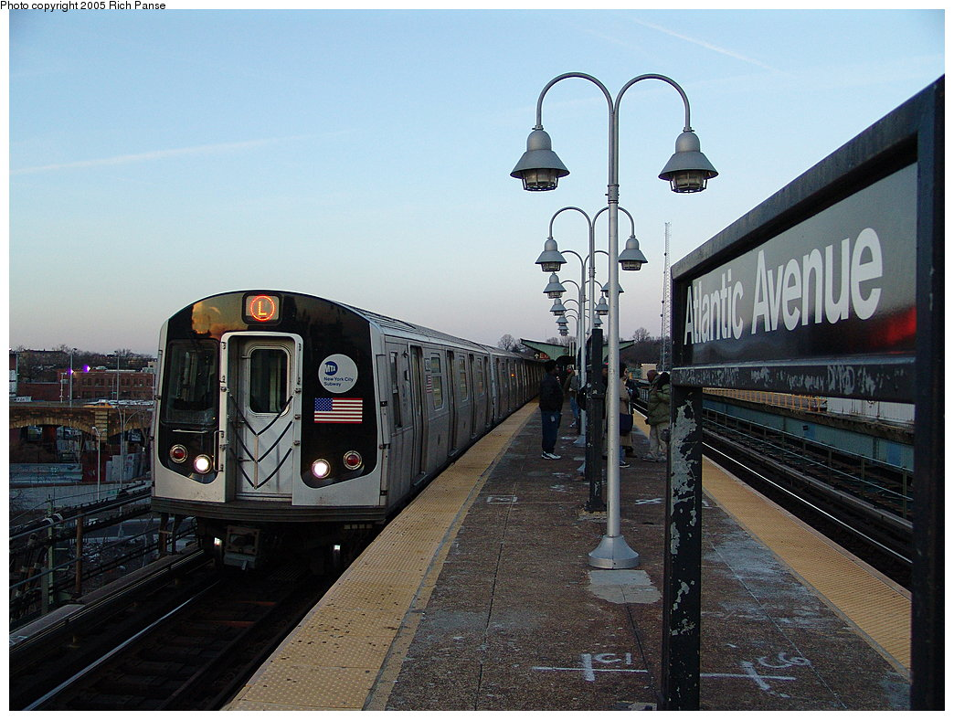 (201k, 1044x788)<br><b>Country:</b> United States<br><b>City:</b> New York<br><b>System:</b> New York City Transit<br><b>Line:</b> BMT Canarsie Line<br><b>Location:</b> Atlantic Avenue <br><b>Route:</b> L<br><b>Car:</b> R-143 (Kawasaki, 2001-2002) 8272 <br><b>Photo by:</b> Richard Panse<br><b>Date:</b> 1/1/2005<br><b>Viewed (this week/total):</b> 1 / 4546