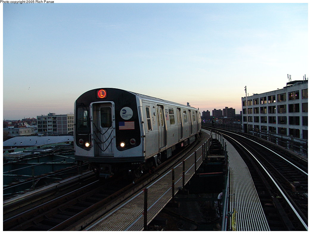 (176k, 1044x788)<br><b>Country:</b> United States<br><b>City:</b> New York<br><b>System:</b> New York City Transit<br><b>Line:</b> BMT Canarsie Line<br><b>Location:</b> Atlantic Avenue <br><b>Route:</b> L<br><b>Car:</b> R-143 (Kawasaki, 2001-2002) 8204 <br><b>Photo by:</b> Richard Panse<br><b>Date:</b> 1/1/2005<br><b>Viewed (this week/total):</b> 0 / 3751