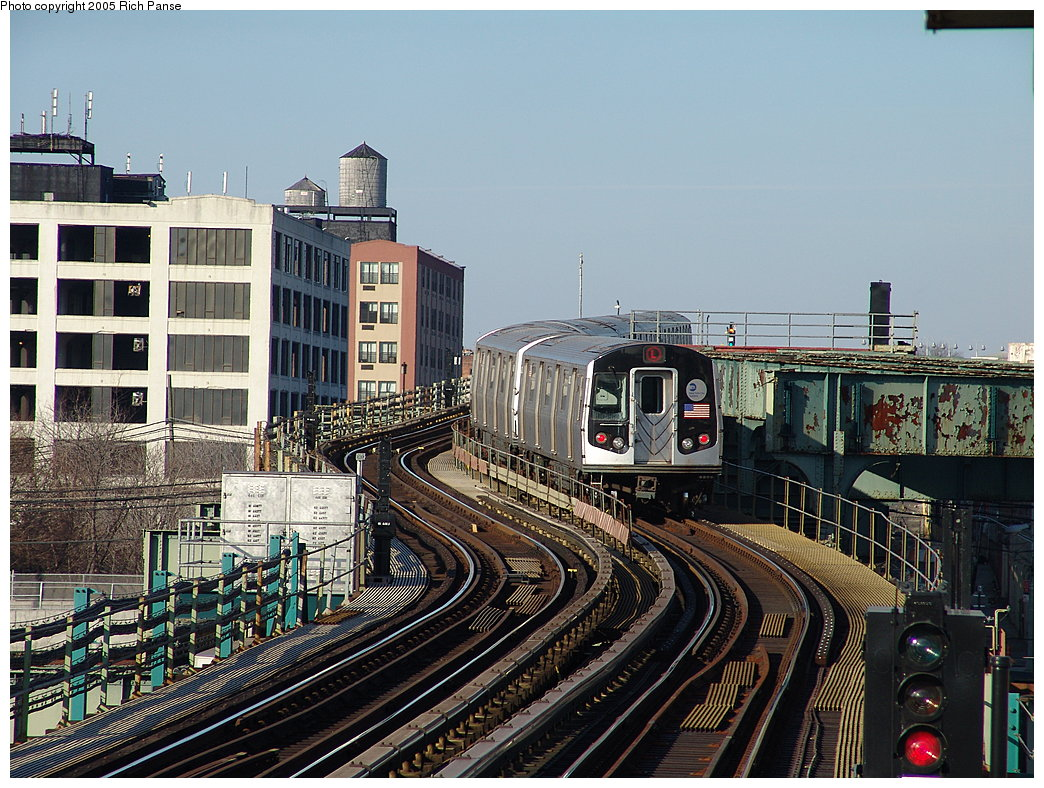 (253k, 1044x788)<br><b>Country:</b> United States<br><b>City:</b> New York<br><b>System:</b> New York City Transit<br><b>Line:</b> BMT Canarsie Line<br><b>Location:</b> Sutter Avenue <br><b>Route:</b> L<br><b>Car:</b> R-143 (Kawasaki, 2001-2002)  <br><b>Photo by:</b> Richard Panse<br><b>Date:</b> 1/1/2005<br><b>Viewed (this week/total):</b> 0 / 5002