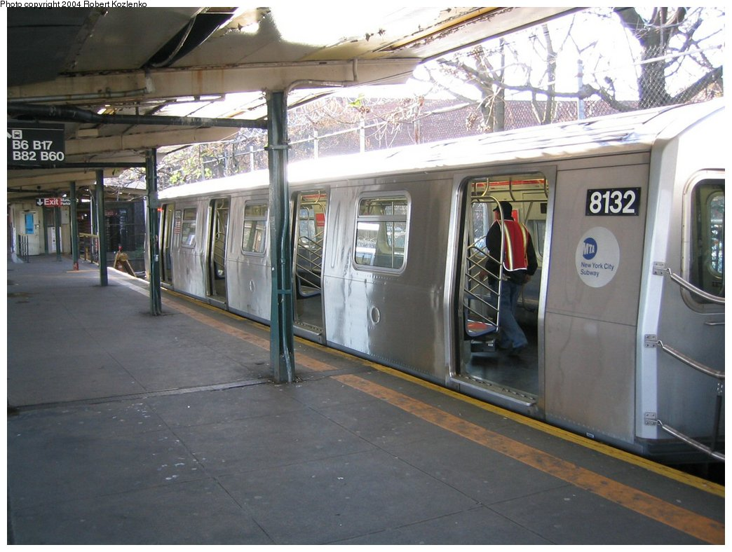 (165k, 1044x788)<br><b>Country:</b> United States<br><b>City:</b> New York<br><b>System:</b> New York City Transit<br><b>Line:</b> BMT Canarsie Line<br><b>Location:</b> Rockaway Parkway <br><b>Route:</b> L<br><b>Car:</b> R-143 (Kawasaki, 2001-2002) 8132 <br><b>Photo by:</b> Robert Kozlenko<br><b>Date:</b> 11/26/2004<br><b>Viewed (this week/total):</b> 4 / 3811